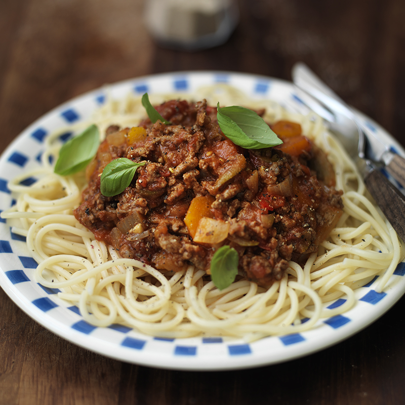 Spaghetti bolognese healthy recipe weight watchers uk spaghetti bolognese forumfinder Choice Image