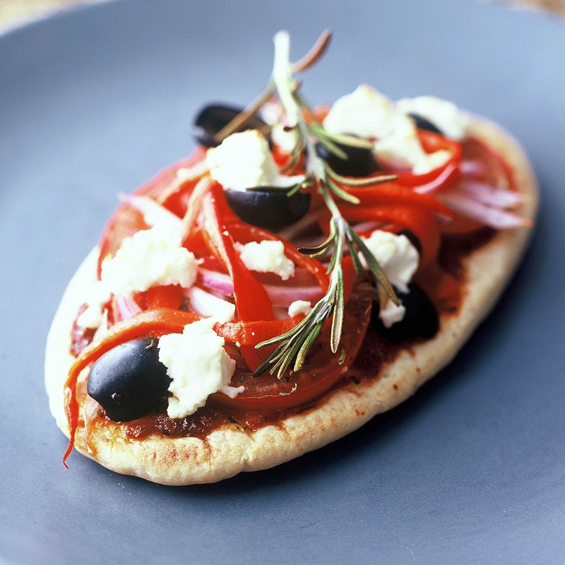 Mini Pitta Pizzas Healthy Recipe Ww Uk