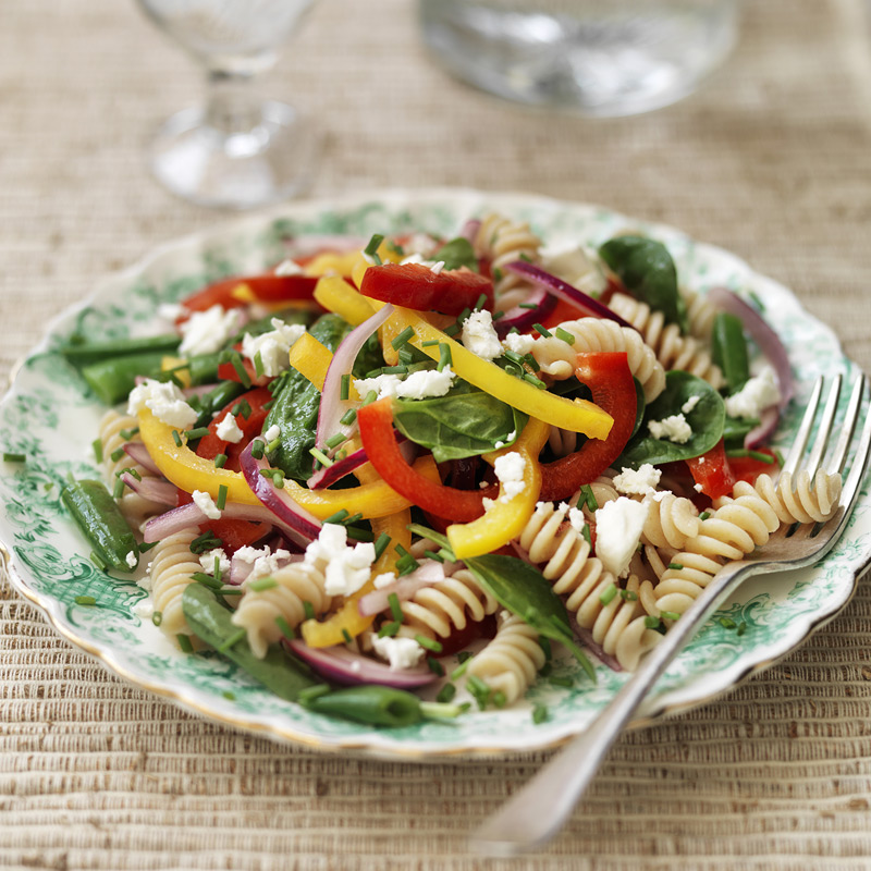 Photo of Wholewheat pasta, pepper and sugar snap salad by WW