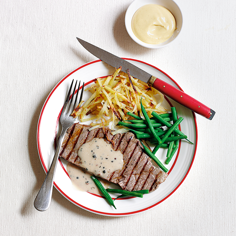 Photo of Steak with peppercorn sauce & straw fries by WW