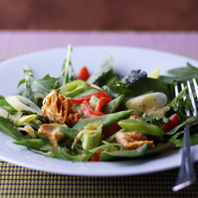Photo of Salmon, leek & red pepper salad by WW