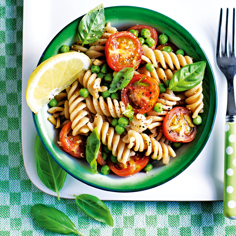 Photo of Pasta salad with peas & garlicky tomatoes by WW