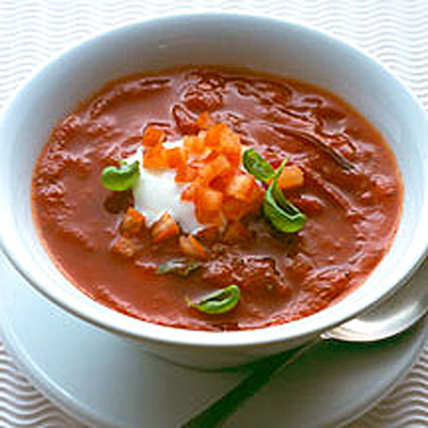 Photo of Speedy tomato and basil soup by WW